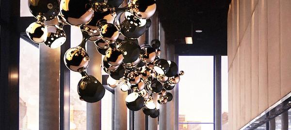 Die besten Leuchten Geschäften in Deutschland, Schweiz und Österreich_Atomic-Black-Lacquered-Gold-Plated_2  Die besten Leuchten Geschäften in Deutschland, Schweiz und Österreich Die besten Leuchten Gescha  ften in Deutschland Schweiz und O  sterreich Atomic Black Lacquered Gold Plated 2 600x269